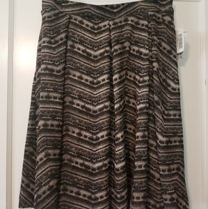 NWT Lularoe Madison skirt XL w/pockets!